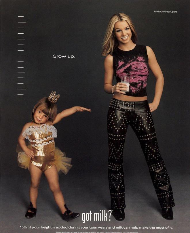 הזמרת ברינטני ספירס בתחילת דרכה, שנת 2000