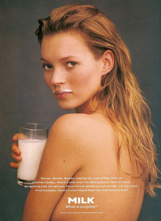 דוגמנית העל קייט מוס לקמפיין החלב משנת 1996