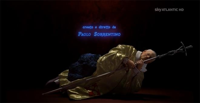 ספוילר: רגע הסיום של הפתיח, במחווה לפסל האילטקי מאריציו קאטלן