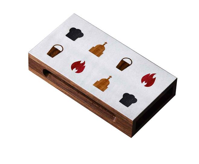 קופסת גפרורים עשוייה עץ / עיצוב דייויד לייני