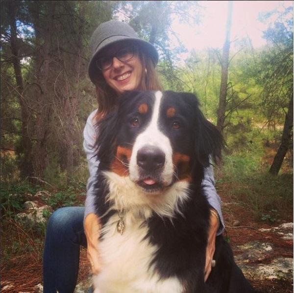 במקום גדול אפשר לגדל כלב גדול. גריזלי ואני ביער ליד הבית