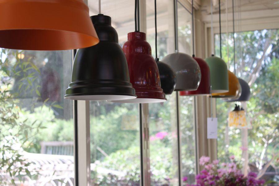 מנורות ירוקות בטורקיז האוס. צילום: חגית גרוסמן