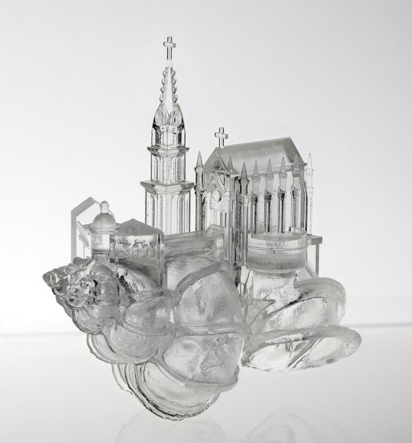 aki-inomata-white-chapel-hermit-crab-shelter-designboom-03