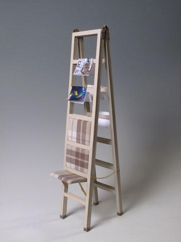 כיסא/סולם בעיצוב הילה ציון, תלמידת ''ארטי'' (צילום: טליה חסיד)