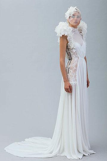 פרויקט שמלות הכלה של קרין לייקוביץ', שהביא לה את הסטאז' אצל ויקטור ורולף (צילום: סשה פליט )