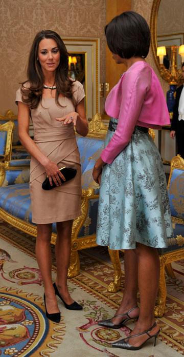 פוגשת את מישל אובמה בשמלה בצבע בז' של ריס. השמלה אזלה מהחנויות תוך שעות ספורות (צילום: gettyimages)