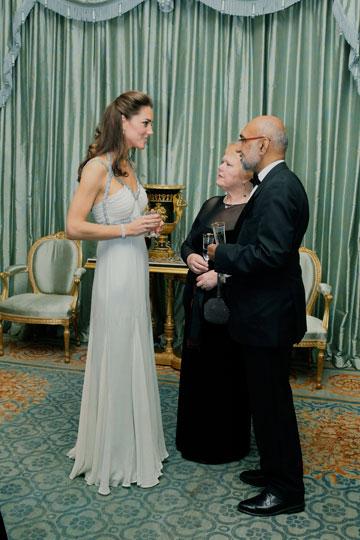 איך אפשר להיות נסיכה בלי שמלת נשף? מידלטון באוקטובר 2011 (צילום: gettyimages)