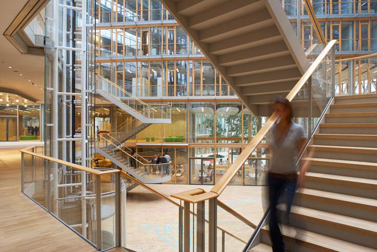 מטה בנק ההשקעות האירופי בלוקסמבורג. שלושה פרסים בינלאומיים ניתנו למבנה (צילום: H.G. Esch, Hennef)