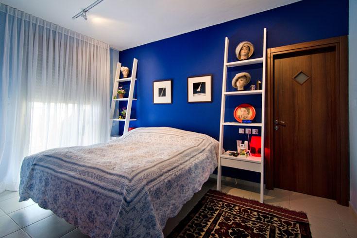 שווה להעיז ולהתפרע עם צבע בחדרי השינה, החלטה פשוטה שמשנה את כל התחושה (צילום: אילן נחום)