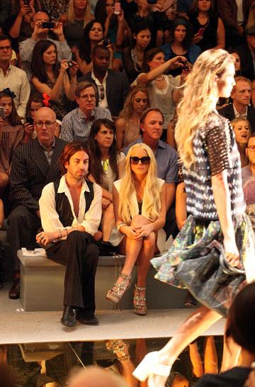 בשורה הראשונה בתצוגת האופנה של סינתיה ראולי, 2011 (צילום: gettyimages)