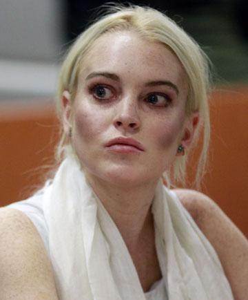 ''נראית כאילו מישהו התרסק לה לתוך הפנים''. לוהן בבית המשפט ב-2011 (צילום: gettyimages)