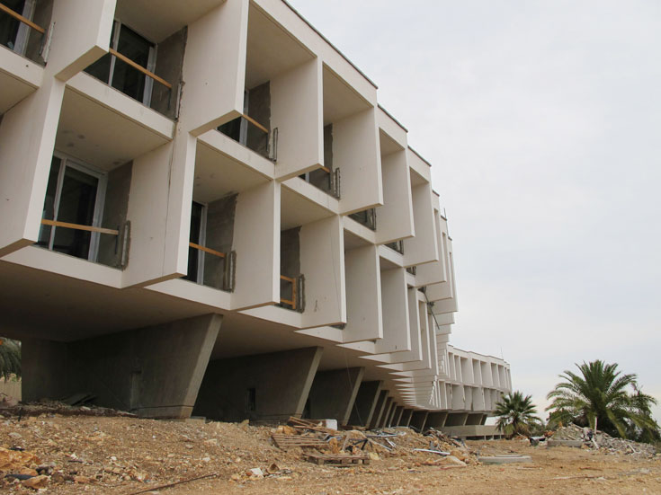 80 החדרים של בית ההבראה, שכולם צופים לים, מתאחדים לכדי 40 חדרים גדולים. המבנה המהולל אף כיכב על גבי בול ב-1974 (צילום: מיכאל יעקובסון)