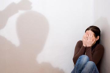 """""""חיי הנישואים שלי היו איומים ומאיימים"""". אילוסטרציה"""