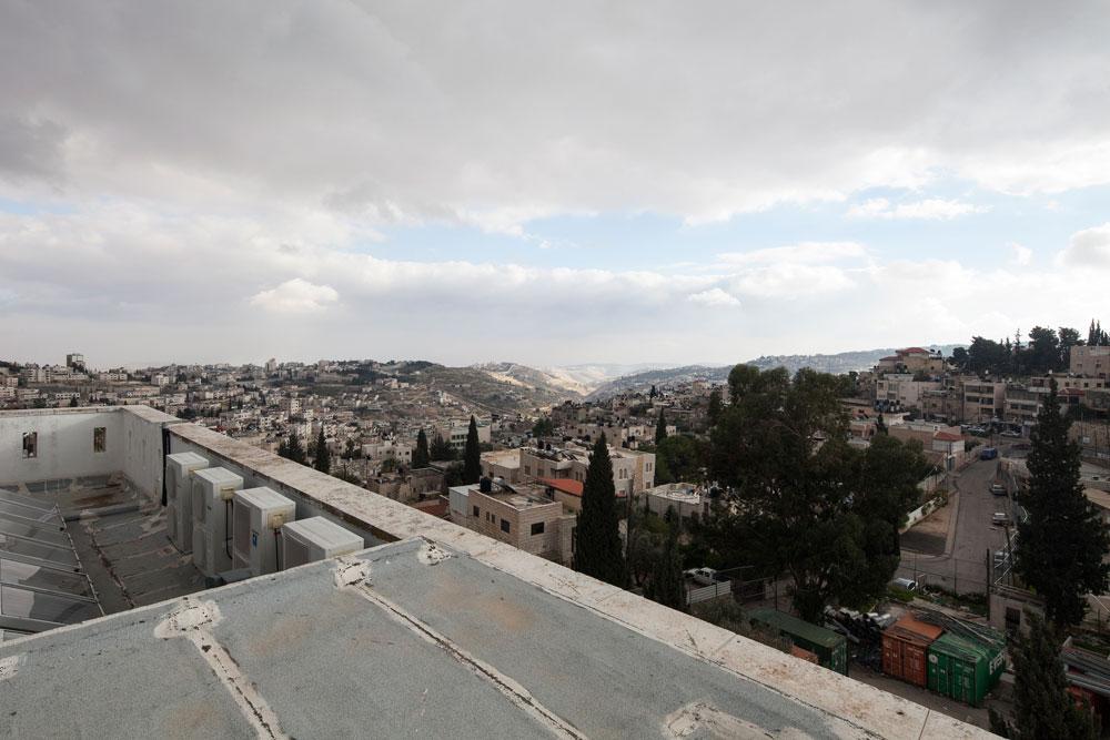 ראס אל-עמוד פוגשת עכשיו, בפעם השנייה בתוך עשור, מתחם מגורים ליהודים בלבד. הראשון הוא ''מעלה הזיתים'', שבו מתגוררות כבר כמאה משפחות (צילום: אביעד בר נס)