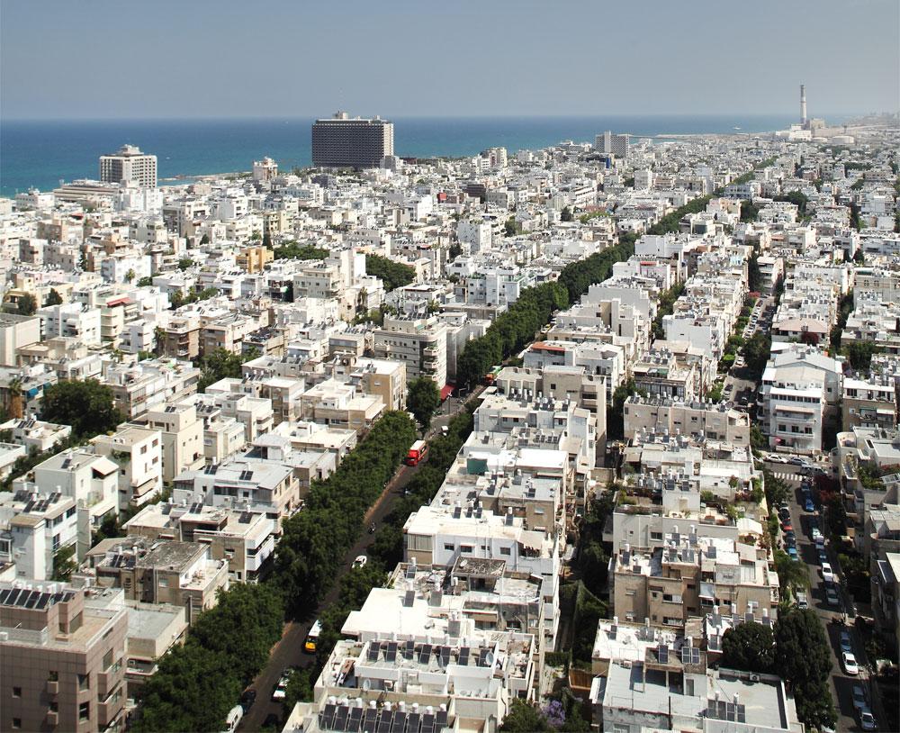 מרכז תל אביב. ברחובות הראשיים תתאפשר הגבהת בניינים ל-6 קומות ודירה שתתפוס מחצית מן הגג, וממזרח לאבן גבירול  - 7 קומות ודירה על 65% מהגג (צילום: אמית הרמן)