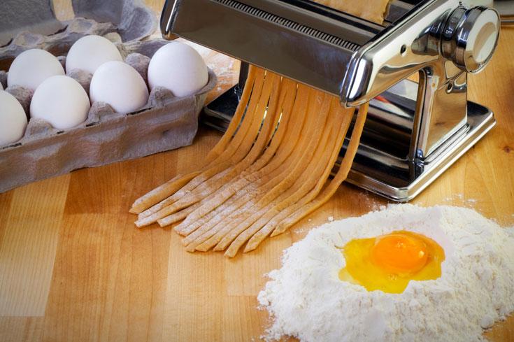 רוצים פסטה עם מרקם של משי? השתמשו בקמח חיטה רכה (צילום: thinkstock)