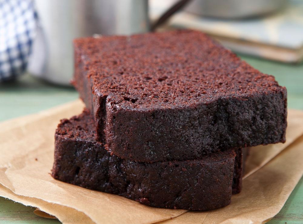 עוגת שוקולד קלה להכנה של אלן דוקאס (צילום: שירן כרמל, סגנון: שרון טמיר)