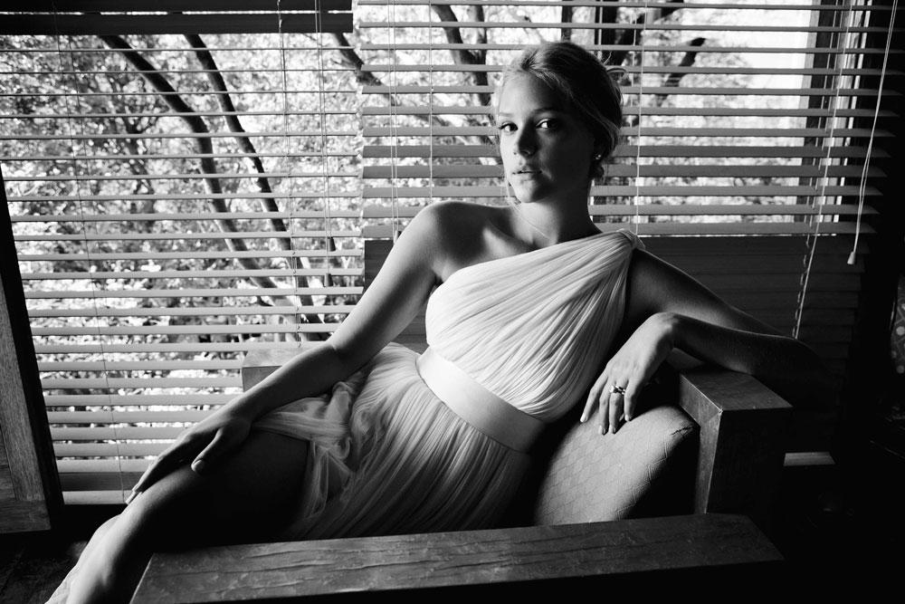 """צילומי הכלה של אסתי גינזבורג. ''אנשים שמביאים אותי לצלם את החתונה, מגיעים מראש מתוך רצון להשקיע כסף בתיעוד האירוע"""", אומר צלם האופנה רון קדמי (צילום: רון קדמי)"""