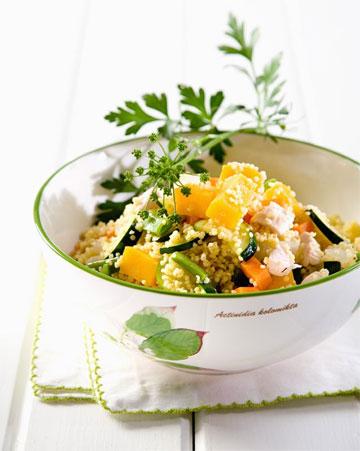 תוספת נפלאה לכל ארוחה. תבשיל דוחן עם ירקות ועוף (צילום: יוסי סליס, סגנון: נטשה חיימוביץ)