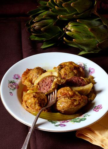 תחתיות ארטישוק במילוי בשר עם בצל וסלרי (צילום: יסמין ואריה צלמים)