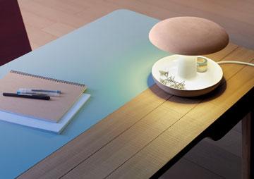 מנורת השולחן של ''Goiko''. אפשר להניח בה גם אטבים או כרטיסי ביקור (Courtesy of Goiko)