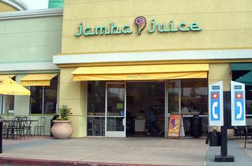 סקאלת הצבעים של עיצוב הפנים מושפעת ממנה. רשת Jamba Juice (צילום: cc, Coolcaesar)