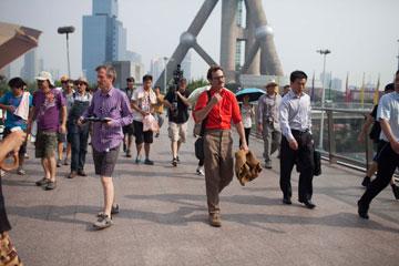 כל אזרח עירוני ברחבי העולם יזדהה. המרחב העירוני בסרט (באדיבות סרטי יונייטד קינג)