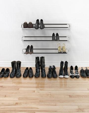 מתלה הנעליים המינימליסטי של ''פרוסט'' (באדיבות דומיסיל)
