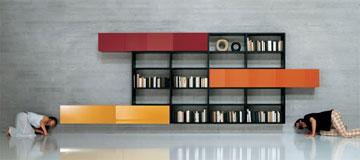 בין חנויות ורשתות מוכרות יש במתחם מותג איטלקי בשם ''Lago'', שמתמחה ברהיטים ''צפים'' (באדיבות Home Design)