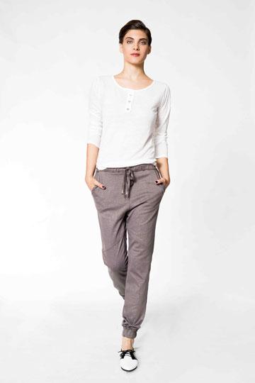 זאפ. מכנסיים שמתאימים לאגן של האישה הישראלית (צילום: אמיר צוק)