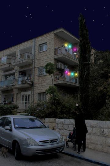 הדמיה של האטבים הזוהרים בלילה (צילום: עידן נויברג וגל בולקא)