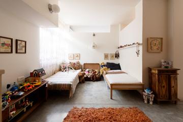 פינת השינה בחדר התאומים (צילום: גדעון לוין 181 מעלות)