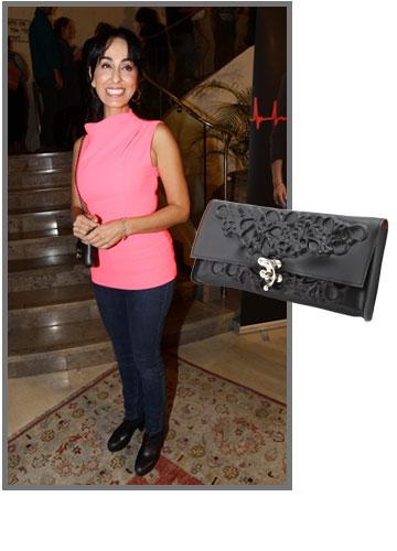 ריטה משוויצה בתיק המתוק שלה מבית מדוזה (279 שקל)   (צילום: עמר מסינגר, רפי דלויה)