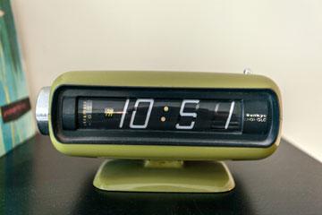 שעון וינטג' שנקנה בשוק (צילום: אבישי פינקלשטיין)