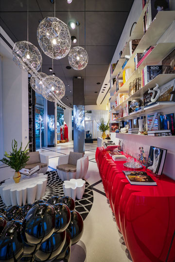 מרכז המכירות החדש של ''גינדי השקעות'' בתל אביב (צילום: איתי סיקולסקי)