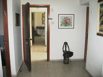 דלת הכניסה המקורית (צילום: דפי לויאב-גופר )