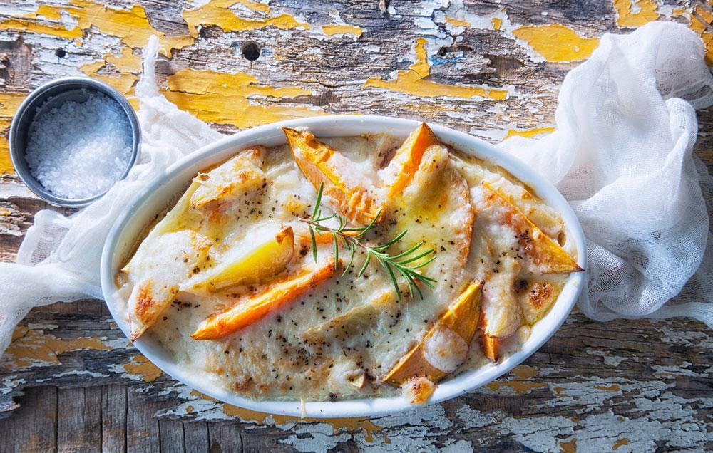 גראטן תפוחי אדמה ובטטה (צילום: דני לרנר, סגנון: פסי ברניצקי)