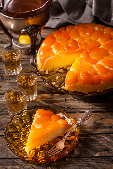 עוגת משמשים הפוכה (צילום וסגנון: אסף אמברם)