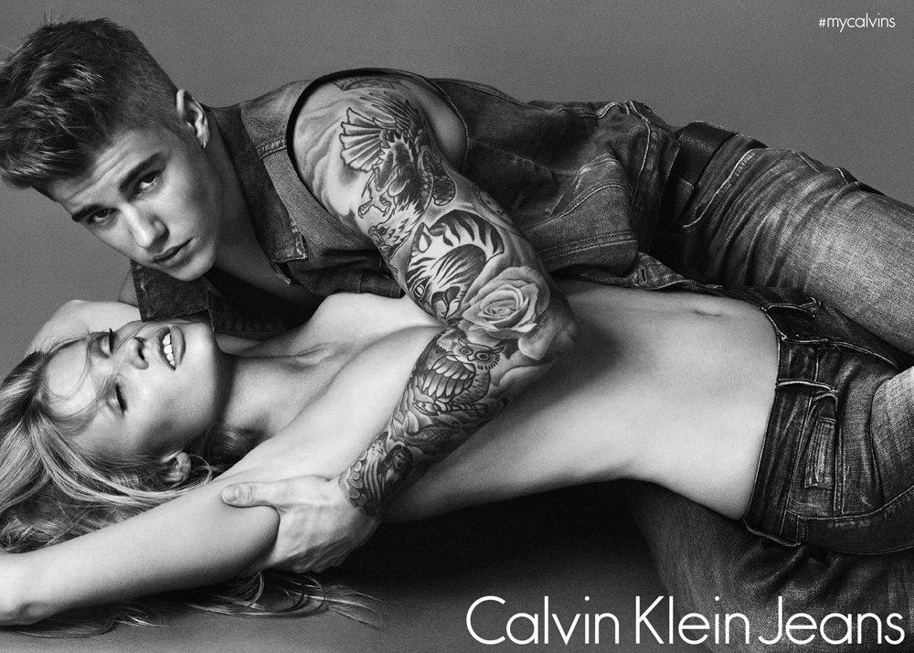 ג'סטין ביבר ולארה סטון בקמפיין החדש של קלווין קליין. תמונות נוטפות סקס