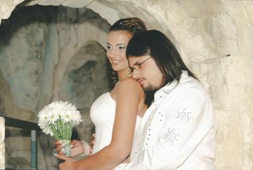 גיא והדס ביום חתונתם