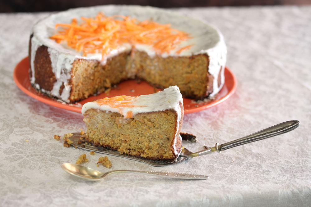 עוגת גזר שוויצרית (צילום: אסנת לסטר)