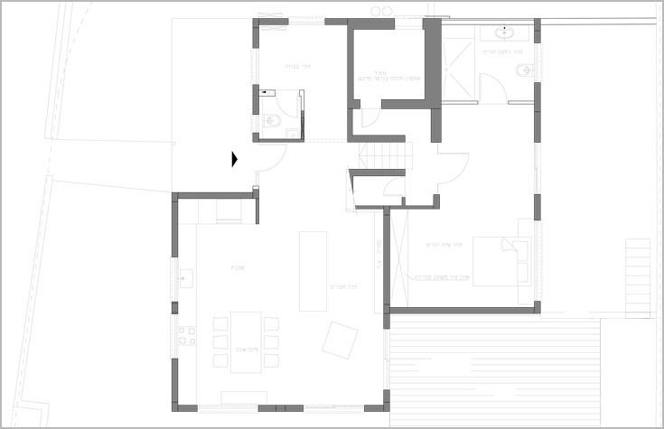 תוכנית קומת הכניסה, שבה החללים המשותפים, והמפלס התחתון, שאליו עברו ההורים (באדיבות לימור שפירא אדריכלות ועיצוב פנים)
