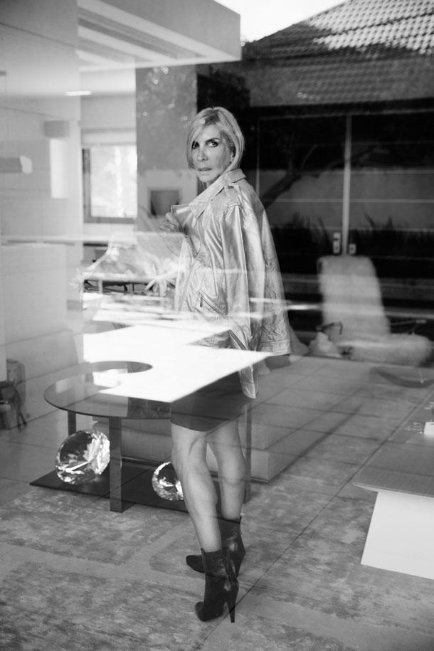 ז'קט, אריסטו שמט; שמלה, חגית טסה; נעליים, מרקו (צילום: רותם לבל)