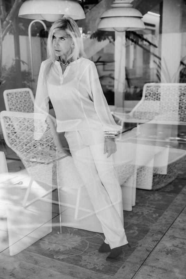 חולצה, חגית טסה; מכנסיים, אייס קיוב; גוזייה, אפרודיטה; נעליים, מרקו; שרשרת, אריסטו שמט; עגילים, אור טוקטלי; צמידים, Sasha's State of Mind (צילום: רותם לבל)