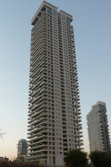 מגדל המגורים הגבוה בישראל: W, פארק צמרת (צילום: Sharshar, cc)