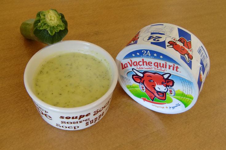 מרק זוקיני. 100 קלוריות למנה (צילום: גליה סיון)