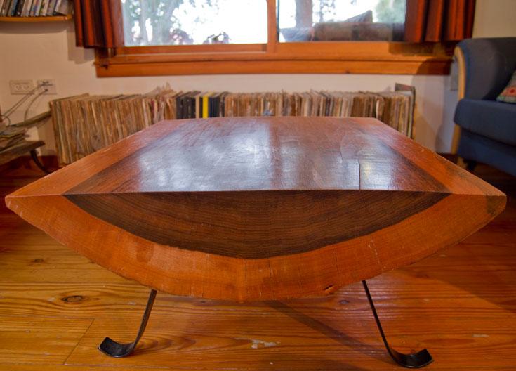 השולחן בסלון (צילום: יניב ברמן)