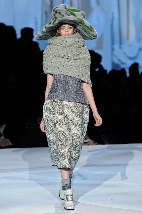 אונדריה הארדין בת ה-15 בתצוגת האופנה של מארק ג'ייקובס (צילום: gettyimages)
