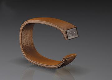 שעון בעיצובו, שנועד למנוע מבוכה מוכרת: איך רואים מה השעה תוך כדי פגישה בלי להזיז את פרק היד (באדיבות דוד דה מאיו)