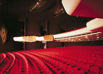 תיאטרון ''הבימה'' בעיצובו של דה מאיו. לא מעוניין לדבר על הפרויקט המחודש (באדיבות דוד דה מאיו)